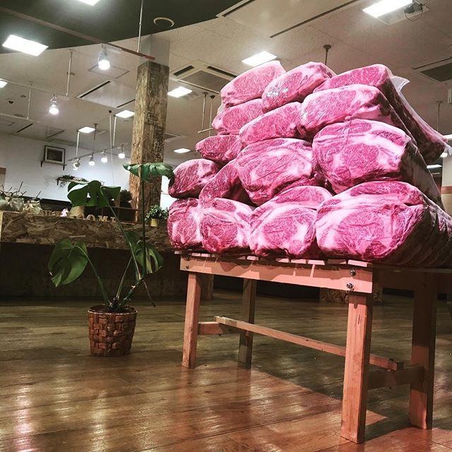 GW営業初日。多くのお客様で賑わいました。誠にありがとうございます。まだまだお肉ございます。ご来店心よりお待ちしております。#丸富精肉店#丸富#精肉店#京都#西京極#THEBUTCHERSHOP#焼肉まる富#肉#肉スタグラム#焼肉#BBQ#instafood
