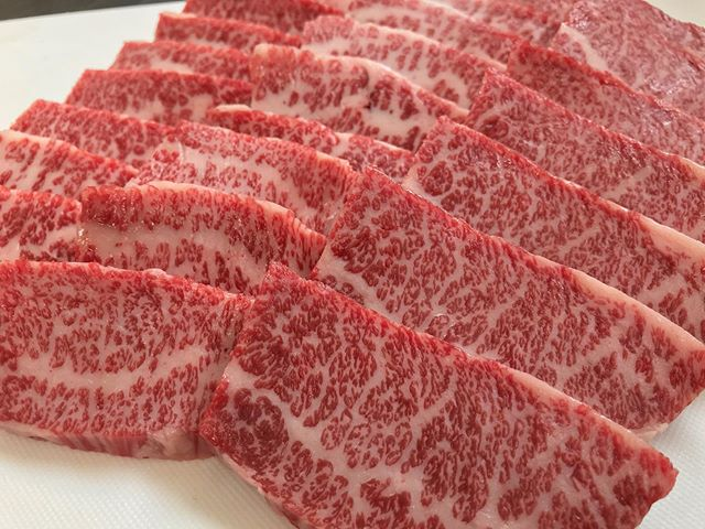 明日2020初OPENです!宜しくお願い致します!1月は焼肉がお買い得となりますので是非!.....#丸富精肉店#肉の丸富#精肉店#京都#滋賀#大阪#THEBUTCHERSHOP#butcher#焼肉まる富#肉#肉スタグラム#焼肉#BBQ#instafood#黒毛和牛#wagyu#佐賀牛#三郎牛#知多牛#あか牛#熊本あか牛#オリーブ牛#一頭買い #2020
